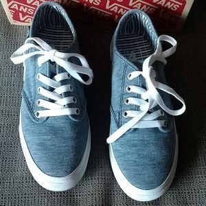 Women's Vans sz 7m medium blue lace up